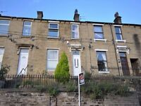 Mid Terraced House - Large Property, 5 Min Walk To University - Bankfield Road, Springwood, HD1