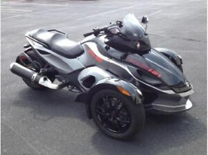 Spyder RSS 2012 en excellente condition