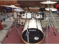 Tama superstar hyperdrive all birch drumkit (pearl, premier)