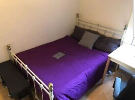 LOVELY DOUBLE ROOM AVAILABLE 1st June IN HARRINGEY, N4 1LE..£594pcm (ALL BILLS INCLUDED)