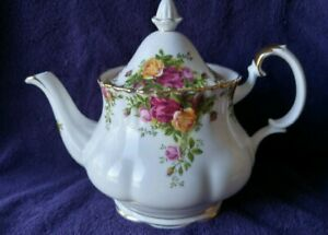 Wanted Royal Albert Old Country rose Teapot