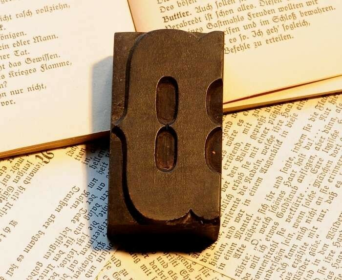 "Letter ""D"" rare decorative wood type character letterpress printing block font"