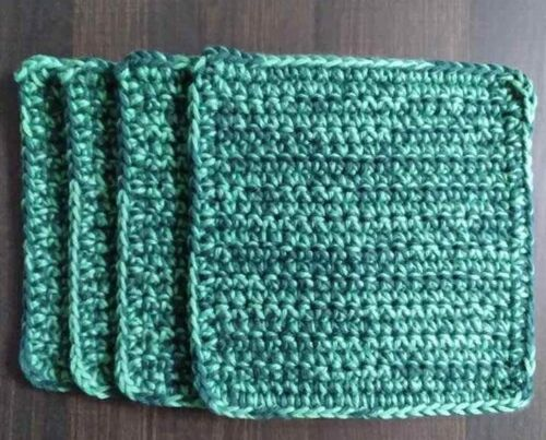 Crotchet Handmade Set of 4 Potholders 100% cotton Colors Forest and Apple Green