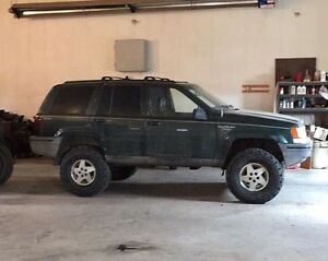 1995 Jeep Grand Cherokee lifted
