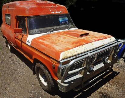 1977 Ford F100 Ambo Red