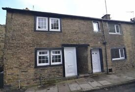 2 bedroom terrace £450 pcm, redecorated, new carpets, garden