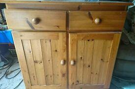 Wooden side unit