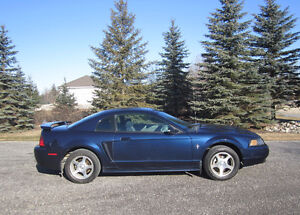 2003 Ford Mustang Coupe (2 door) - Automatic  **New Tires**