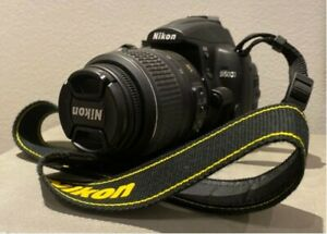 Nikon D5000 with 18-55mm lens and charger barely used