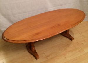 Table à café ovale Roxton