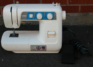Brother VX-1140 Sewing Machine & Foot Pedal