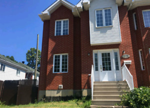 New House for rent, on main Gouin west street