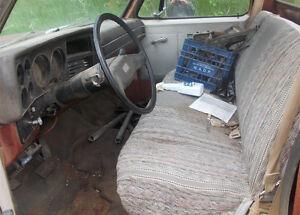 1981 CHEVROLET 1/2 TON. DECENT BODY. MOTOR SHOT. Strathcona County Edmonton Area image 2