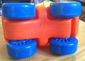 VTG LITTLE TIKES PUSH CAR-CHUNKY CAR-TODDLER TOY-ORANGE-1980 Gatineau Ottawa / Gatineau Area image 5