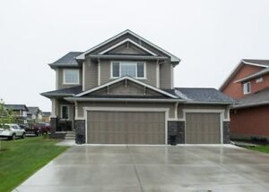 Immaculate HOME  for SALE in Okotoks **Book a showing today!