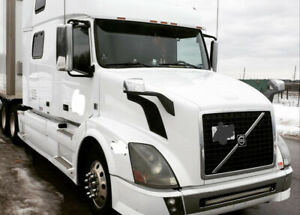2010 Volvo Truck for sale
