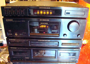 Pioneer RX-550 AM/FM Stereo Receiver