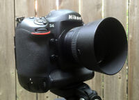Nikon D4 - Mint Condition **REDUCED PRICE TILL AUGUST 1ST**