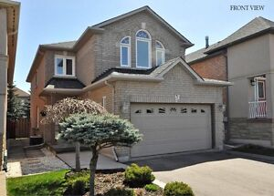 Beautiful house at Vaughan Maple for rent July 9th