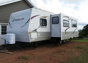 2011 Summerland by Springdale White Trailer