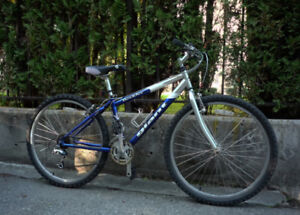 Giant 21-speed Mountain Bike, Adult Extra Small