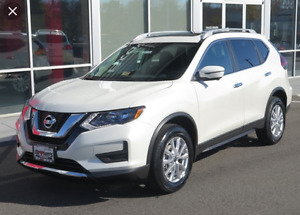 2017 Nissan Rogue SV AWD with Moonroof SUV, Crossover
