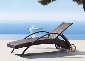Riviera wicker lounger with shipping damage
