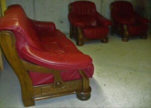 95% new solid oak genuine leather sofa set, delivery available