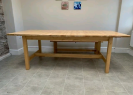 Solid wood extendable dining table 6-10 person