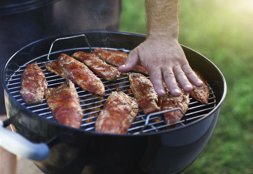 Fisch, Fleisch, Gemüse: Grillroste für jede Zubereitungsart