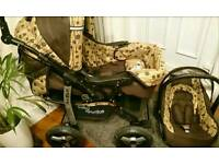 Barely used (2 times in 4 months) Baby Pram 3 in 1 Pushchair +Car seat