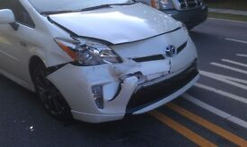 **TOYOTA PRIUS BREAKING FOR PARTS **