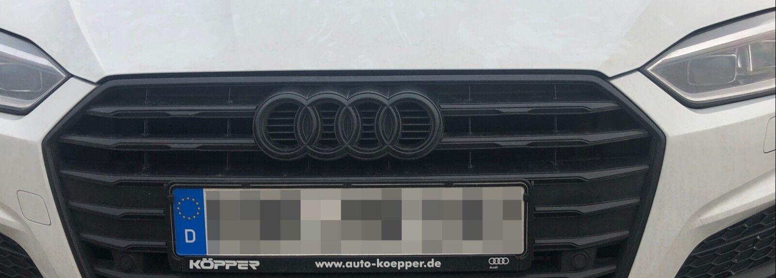 Audi A1 Ringe Emblem vorne hinten schwarz glänzend