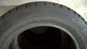 4 pneus d'hiver/ 4 winter tires Gislaved Nord Frost 215/55/16