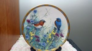 Set Of Lenox Collector Plates ( Nature's Collage Series Birds) London Ontario image 3