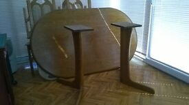 Dining Table with 4 High Back Chairs