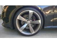Audi alloys rotors with tyres