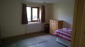 Rooms available: scenic location; 4 miles Lampeter; 3 miles Llanybydder