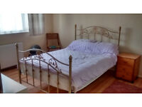 Double Room to let in Weston Super Mare (Worle)