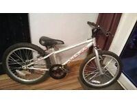 """apollo xc.20 bike 20"""" wheels"""