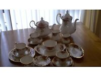 Royal Albert old country rose 53 pieces