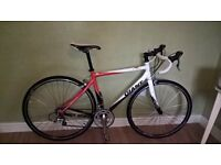 Giant SCR road bike. Medium frame, carbon fork, top quality parts, full recent service, BARGAIN