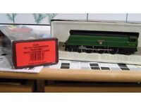 """West Country Class 00 Gauge engine and tender """"BIDEFORD"""""""