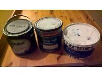 free used blue paint