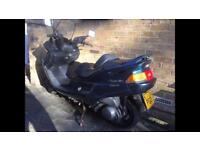 Yamaha YP250. 1998. Large scooter. Low miles!!