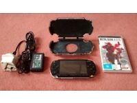 SONY PSP PlayStation Portable P-1000 Handheld Console Hardcase Charger Memory Card + Metal Gear Acid