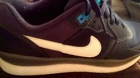 genuine nike air max adult size 5.5