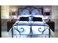 Double four poster bed with crystal finals