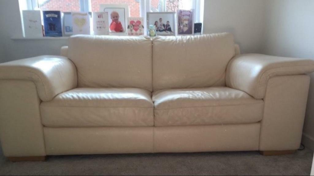 2 x natuzzi Italian leather sofas
