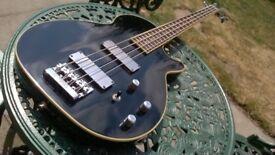 Washburn B200 Les Paul type 4 string bass